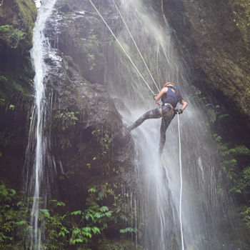 WATERFALL RAPPELLING